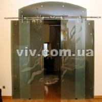 Двери стеклянные раздвижные межкомнатные